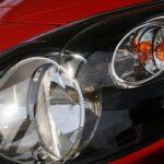 Jak wybrać odpowiednie oświetlenie do mojego samochodu? Podstawowe informacje